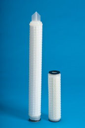 Manufacturer of liquid filter cartridges, bags and housings